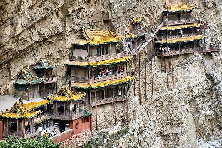 Монастарь в горе Хэншань в провинции Шаньси