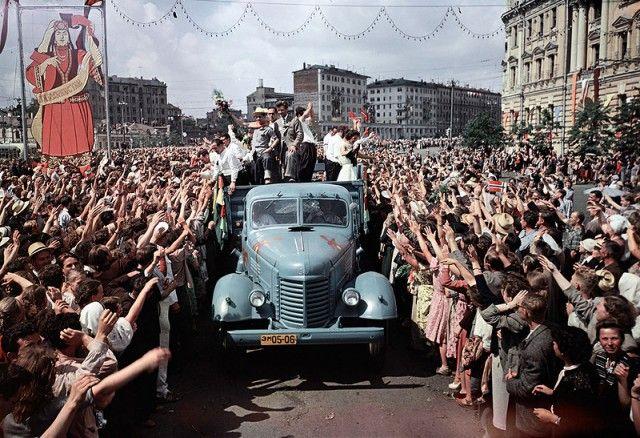 Жизнь в СССР. Чем жили советские граждане в 1957 году