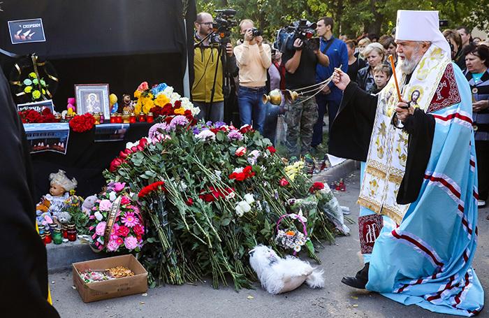 Расстрел колледжа в Керчи: 21 погибший и множество вопросов