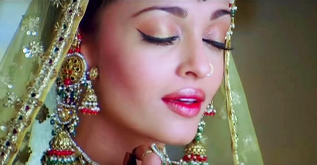 Потрясающий индийский танец в исполнении несравненной Айшварии Рай. Так грациозно!