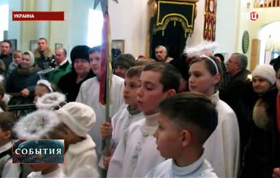 В Донбассе отменили ночные рождественнские богослужения