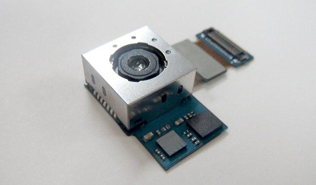 Samsung представила улучшенную камеру для телефонов