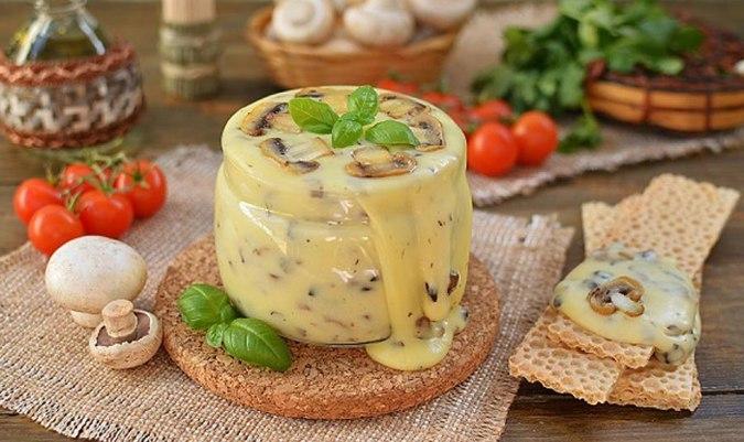Нереальная вкуснятина — домашний плавленый сыр с шампиньонами