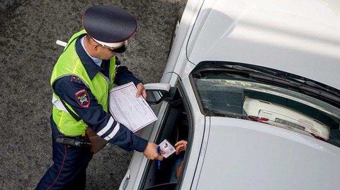 Вопросы инспектора ДПС, на которые лучше не отвечать, если не хотите напороться на штраф
