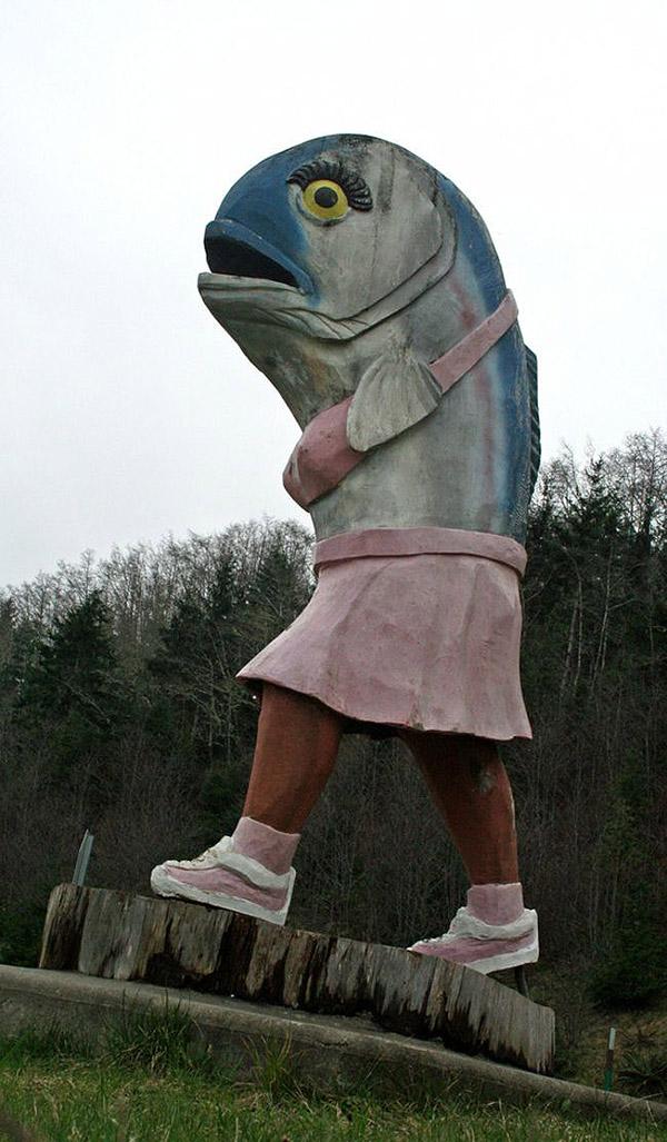 weirdstatues10 29 самых отвратительных и нелепых статуй со всего света