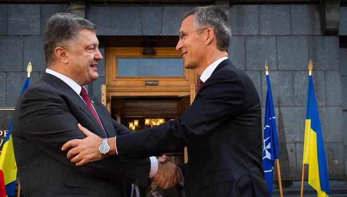 Украина вползает в НАТО