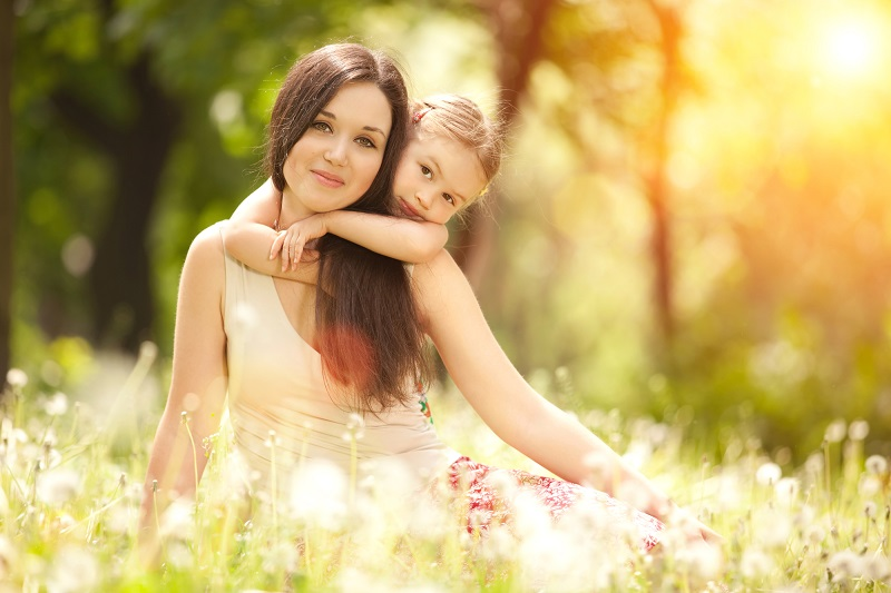 дочь и мать ее