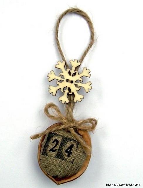 Идеи упаковки новогодних подарков. Шьем мешочки и украшаем их орешками (6) (488x642, 102Kb)