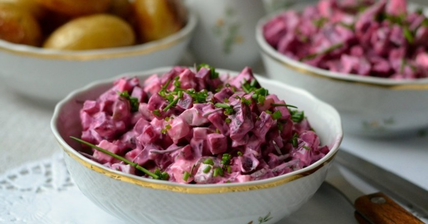 Свекольный салат с грецкими орехами