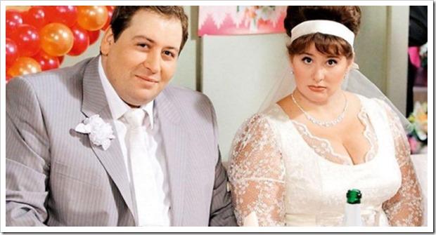 """Похудевшая Юлия Куварзина, говорит: «Лишний вес принес мне успех».Помните эту яркую девушку из сериала """"Воронины""""?"""
