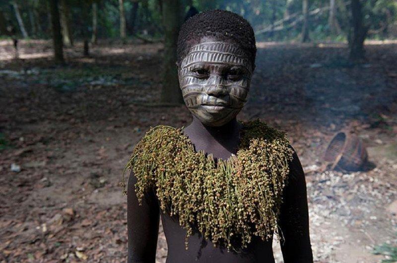 Племени, прожившему вдали от цивилизации тысячи лет, грозит исчезновение