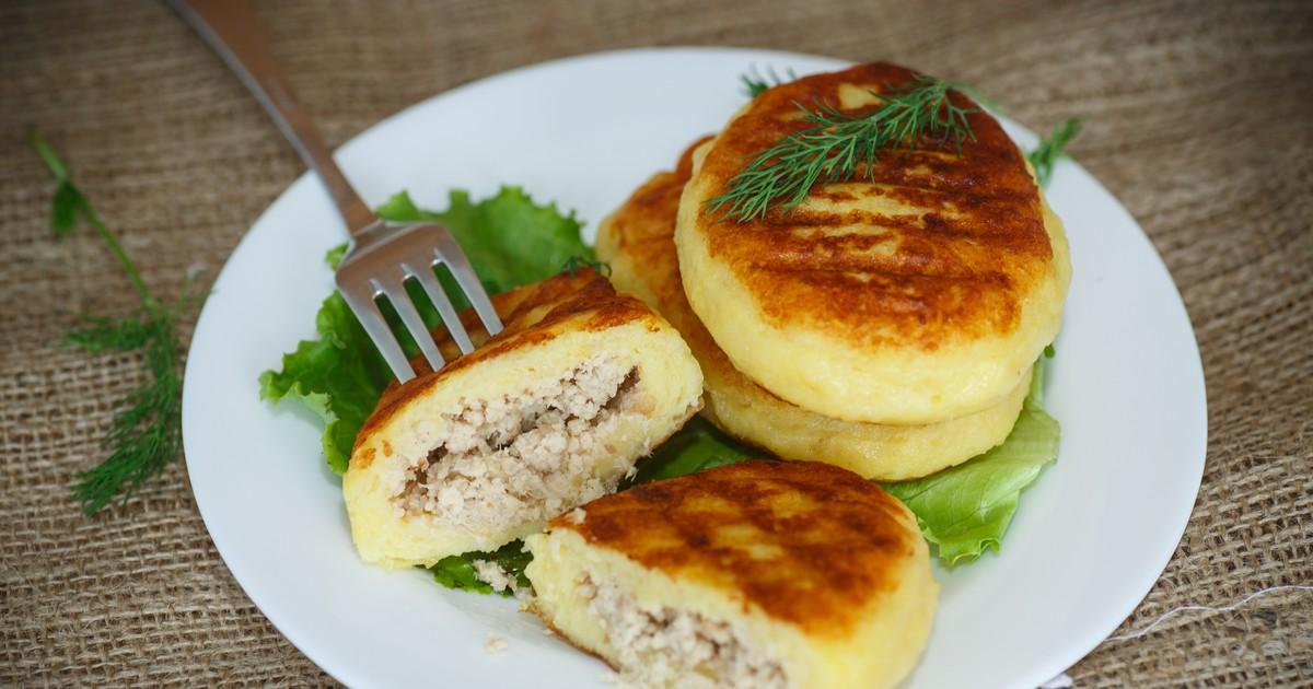 Картофельные зразы с печеночной начинкой. Нежные и ароматные.