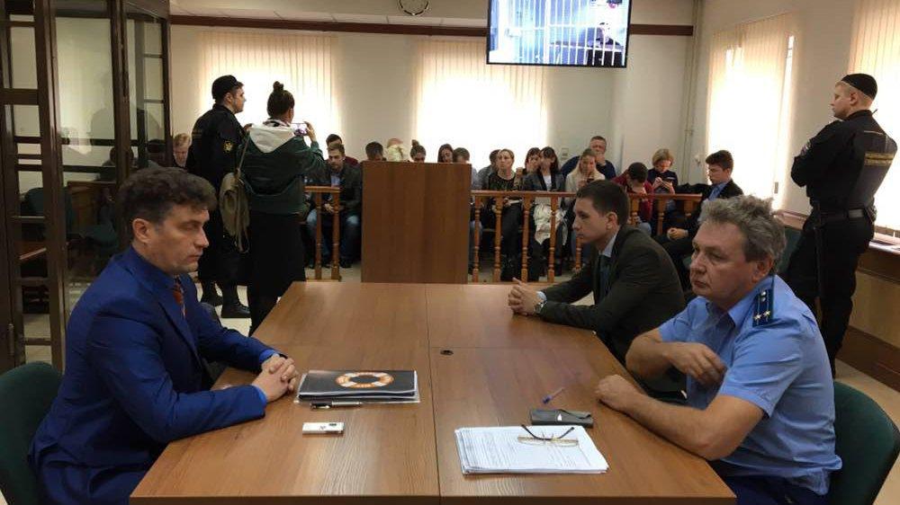 Суд столицы оставил футболиста Мамаева под арестом