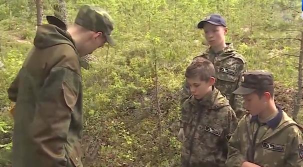 Выпускники Школы юного поисковика отправились к месту боев