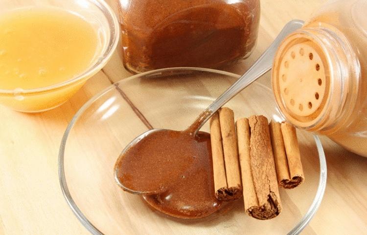Мед с корицей — сочетание, которое лечит 15 болезней. Эффект не могут объяснить даже врачи