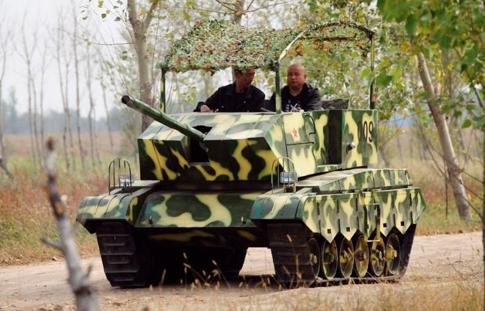 «Железный капут»: Как китайский фермер своими руками построил настоящий танк
