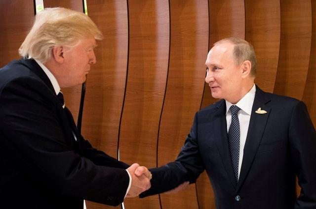 О чём Путин и Трамп говорили в неформальной беседе?