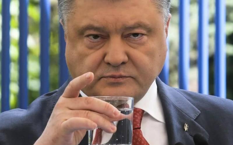 The Saker: Сверх-лузер Порошенко становится «полным Саакашвили»