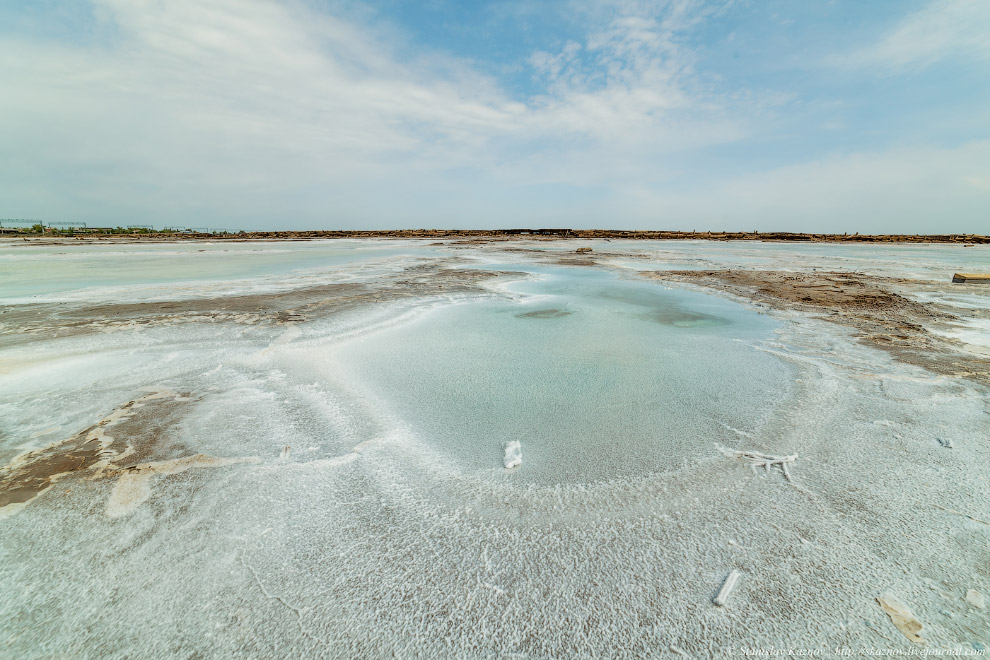 Озеро Баскунчак. Соль, закаты и поезда на воде