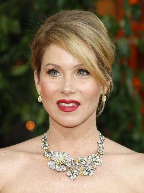 christina applegate 1 17 знаменитостей, которые смогли победить рак