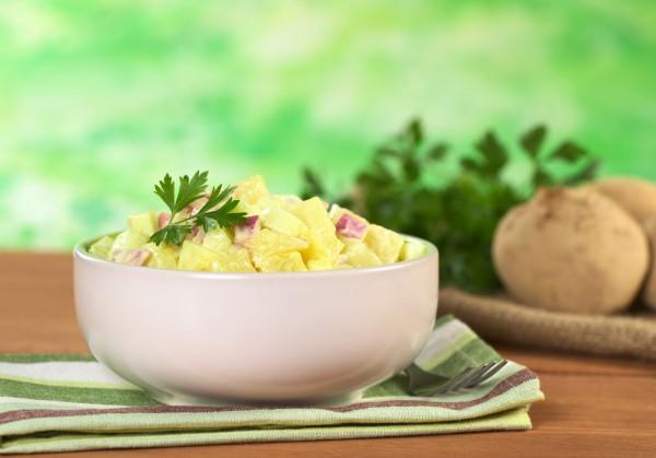 Картофельный салат с ветчино…