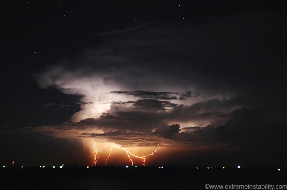 12129 Когда бьет молния