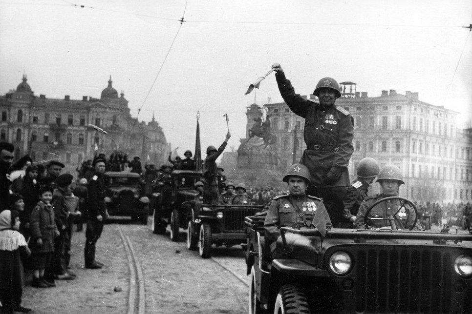 Топ-12 автомобилей Второй мировой
