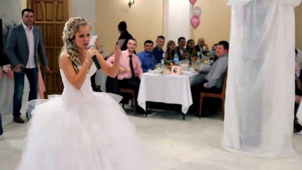 """Жених узнал об измене невесты. И устроил ей """"сюрприз"""" прямо на свадьбе"""