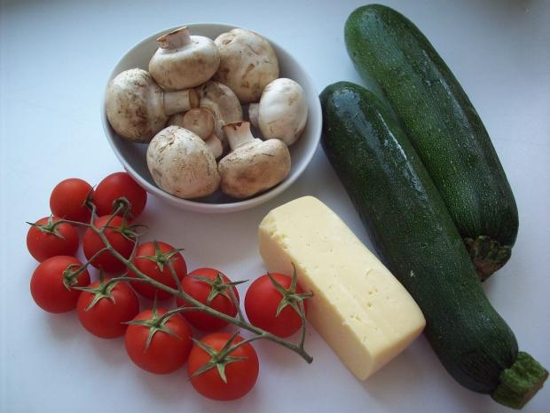 продукты для запеченных с шампиньонами кабачков