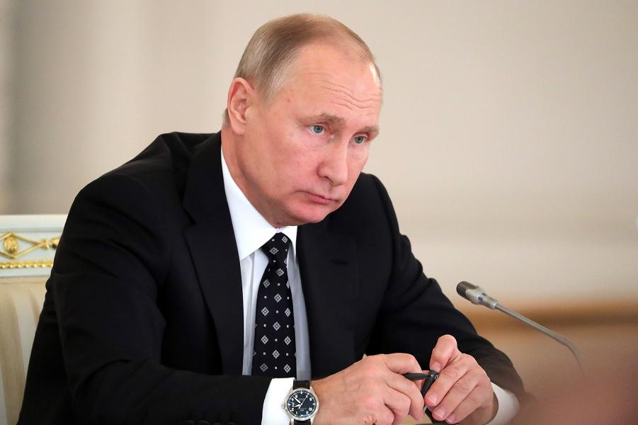 Экономика становится политикой. Путин принял новую реальность?