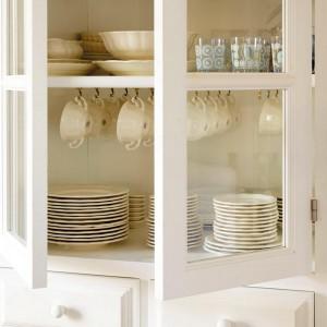 12-secrets-of-vintage-cupboard6-2