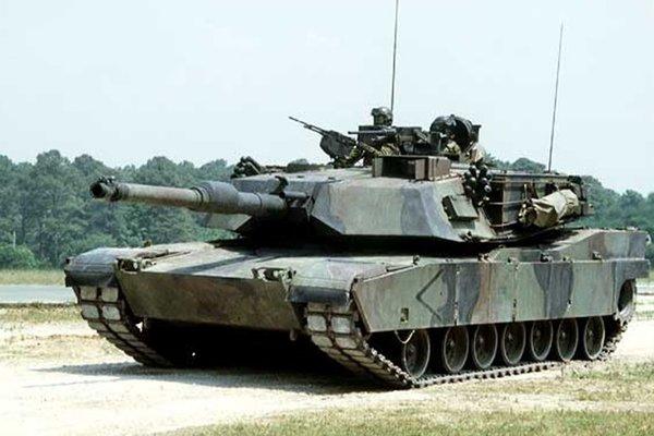 После распада СССР США купили танки Т-72 для испытаний, в результате которых списано несколько «Абрамсов»