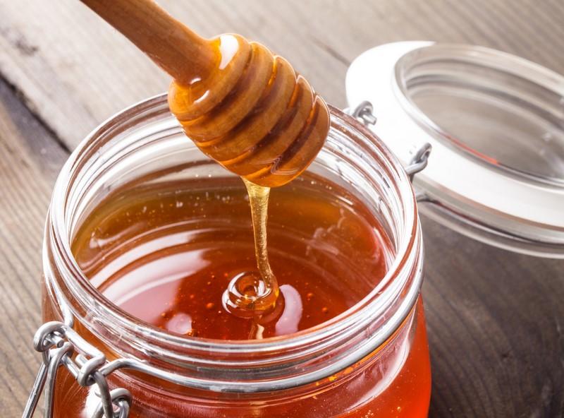 Чем полезен мёд для женщин