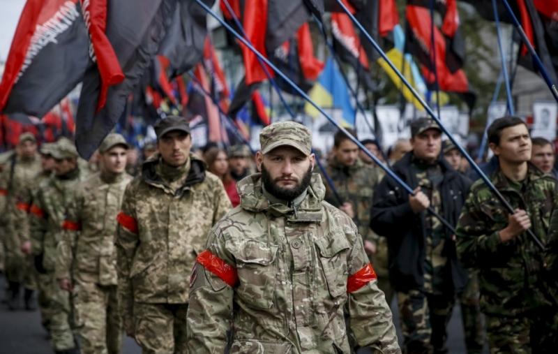 Правый сектор и Нацкорпус выдвинулись в Минск с оружием на помощь белорусским майданщикам