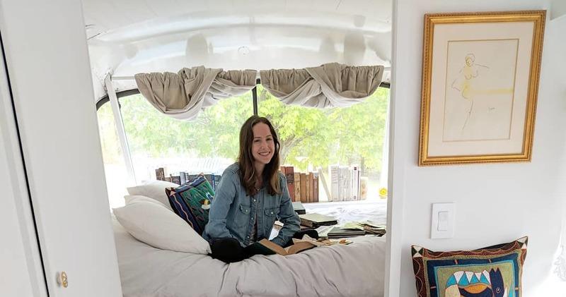 Американка потратила 70 тысяч долларов и превратила автобус-развалюху в дом своей мечты