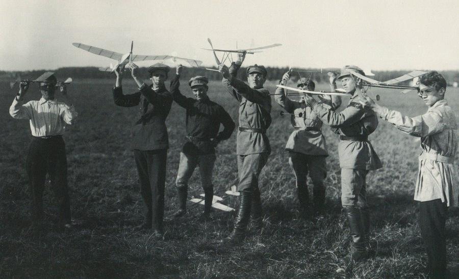 С Днём Рождения российского авиамоделизма