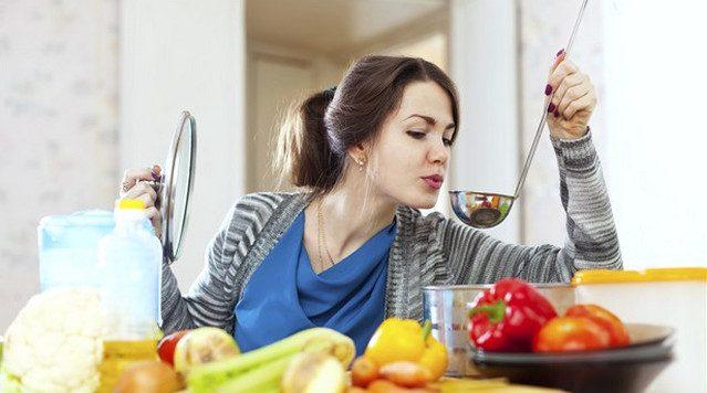 Простая диета с жиросжигающим супом