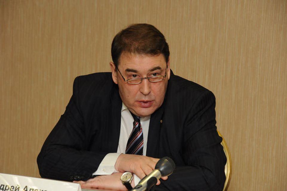 Экс-министр экономики России Андрей Нечаев: В России работает всего 15 миллионов человек!