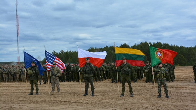 НАТО собирает мощный «Единый трезубец», но Россию просит не беспокоиться