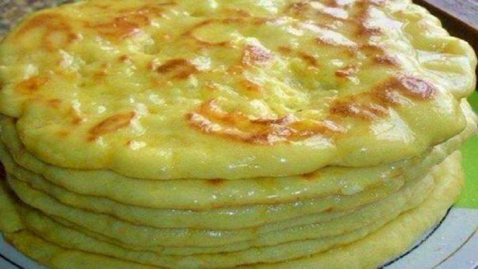Вкуснейшее хачапури с сыром на сковороде