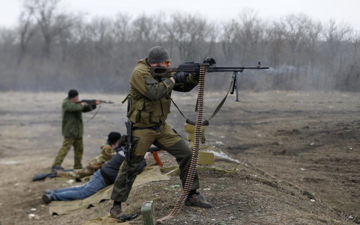 Боевик «АТО»: пули украинских снайперов не долетают до позиций донецких ополченцев