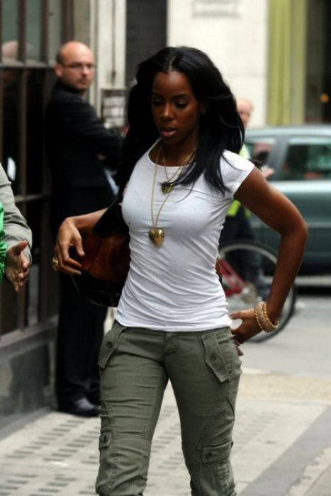Подборка темнокожих девушек (50 фото)