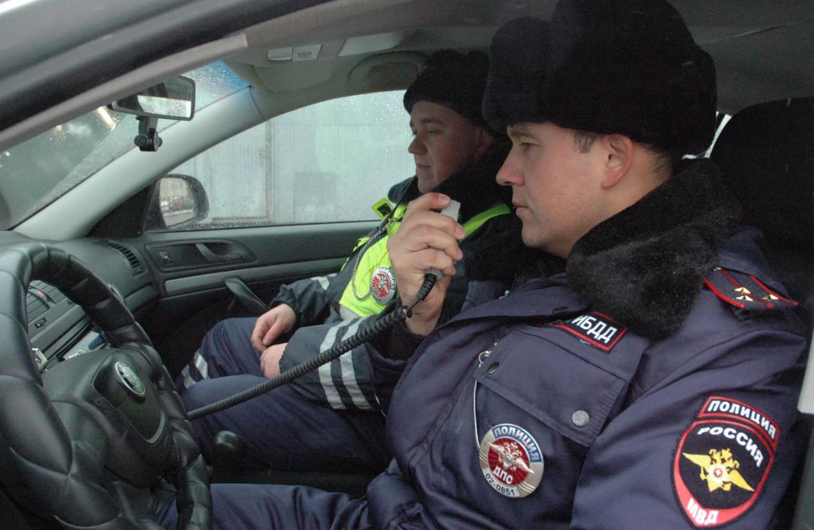 Как ДПС разводят водителей по рации