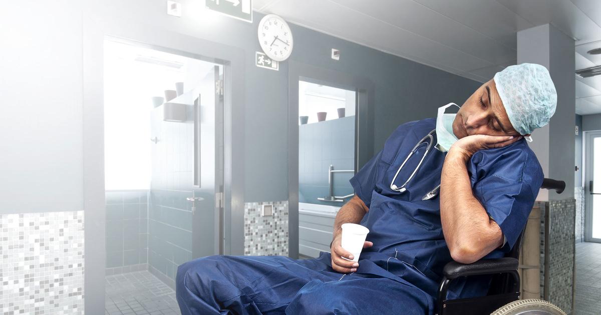 Фельдшер — о том, как врачи отходят от новогодних праздников