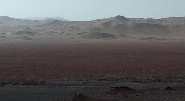 NASA опубликовало панорамную съемку Марса