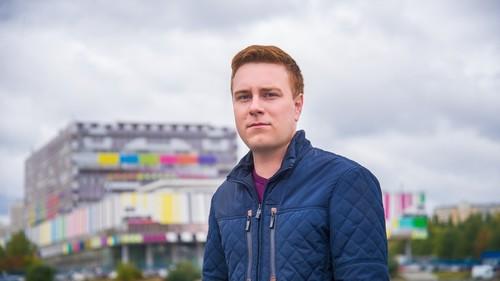 Тележурналист из Саратова Никита Развозжаев скончался в Москве