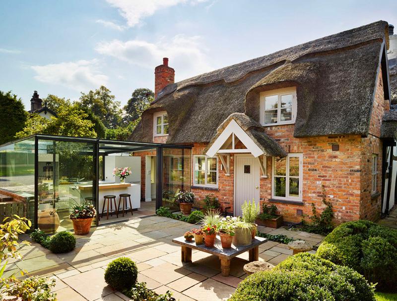 Пристройка к дому — учимся стилю у англичан