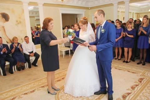 На бракосочетание в Мучкапский ЗАГС едут пары из Ханты-Мансийска