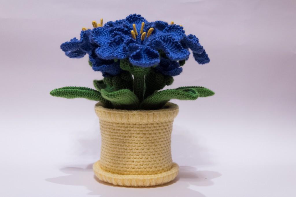 Вязание крючком цветок в горшочке 6