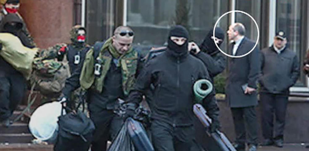 Зачистка: Ликвидирован снайпер Евромайдана. Парасюк следующий.